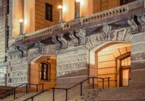 courthouse steps where a Missouri trustee's sale might take place